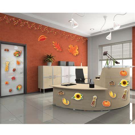 Stunning Thanksgiving Office Decorating Ideas 45