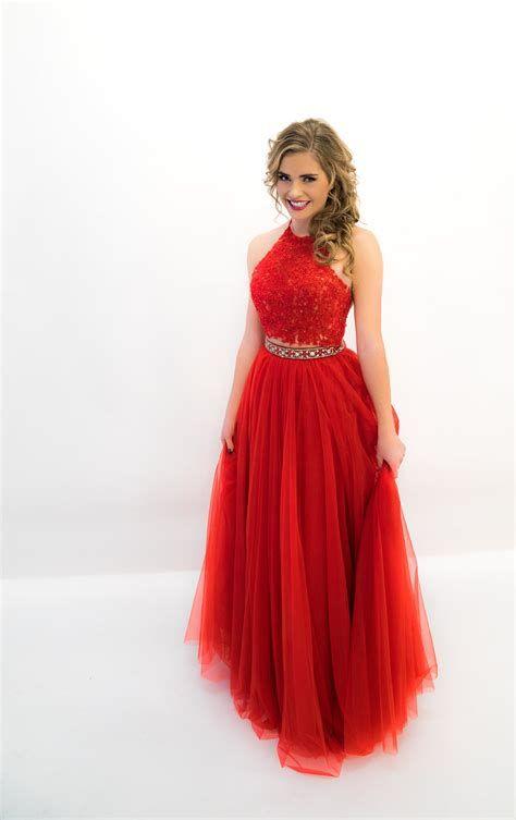 Stunning Valentine Dresses For Teens 39