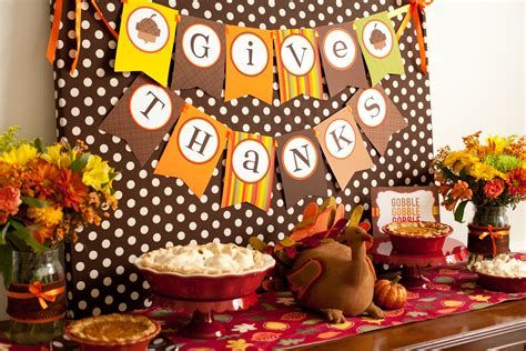 Stylish Diy Thanksgiving Decorations Ideas 22