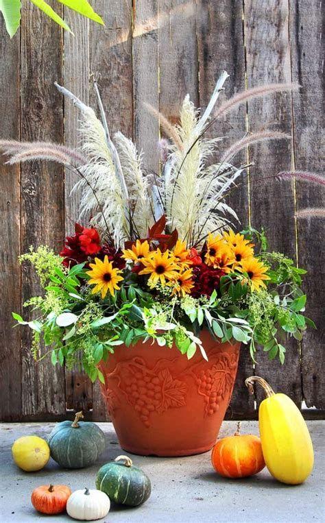 Stylish Diy Thanksgiving Decorations Ideas 27