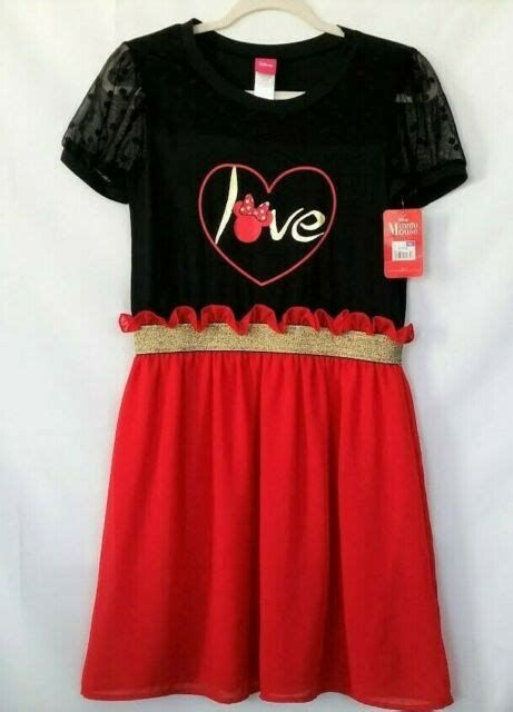 Stylish Girls Valentines Day Dress Ideas 01