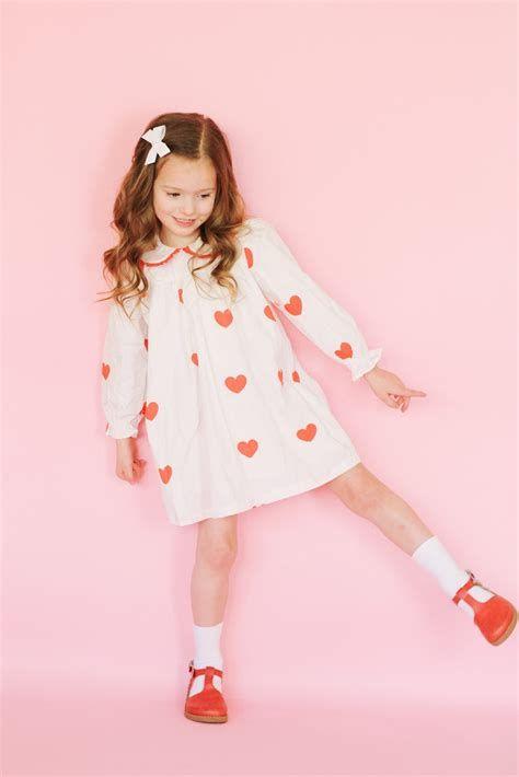 Stylish Girls Valentines Day Dress Ideas 04