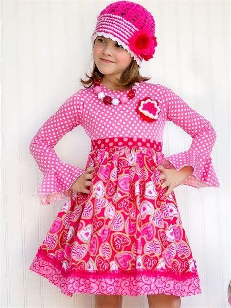 Stylish Girls Valentines Day Dress Ideas 10