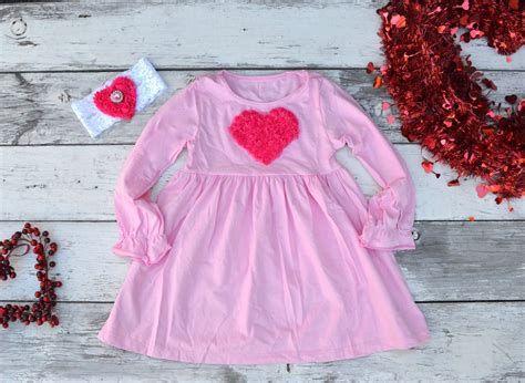 Stylish Girls Valentines Day Dress Ideas 13