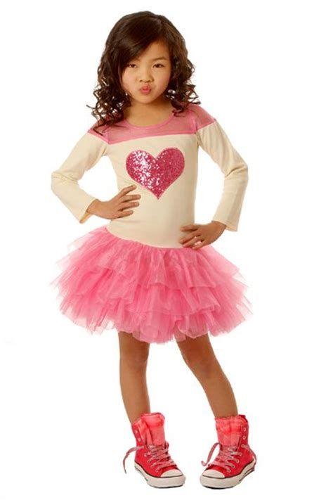 Stylish Girls Valentines Day Dress Ideas 18