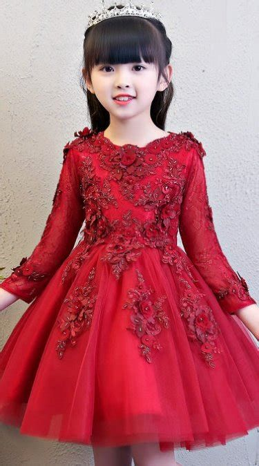 Stylish Girls Valentines Day Dress Ideas 24