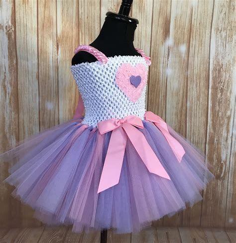 Stylish Girls Valentines Day Dress Ideas 26