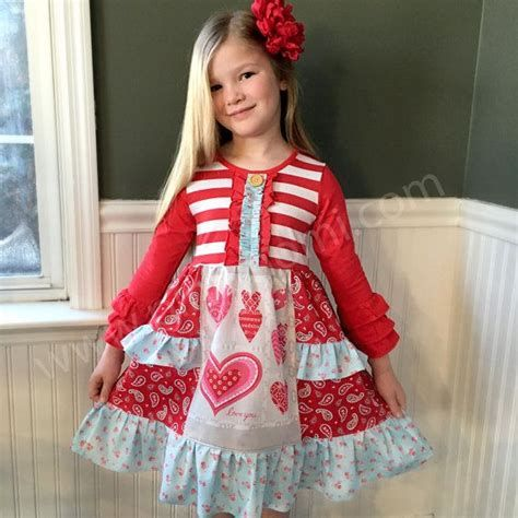 Stylish Girls Valentines Day Dress Ideas 27