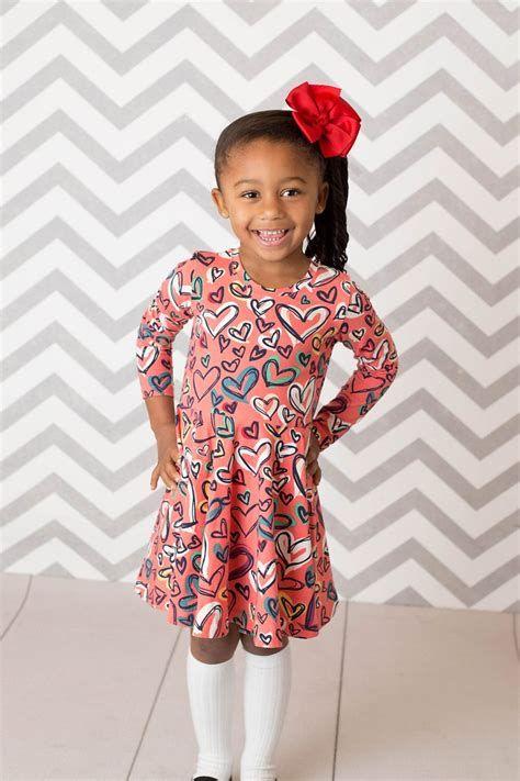 Stylish Girls Valentines Day Dress Ideas 28