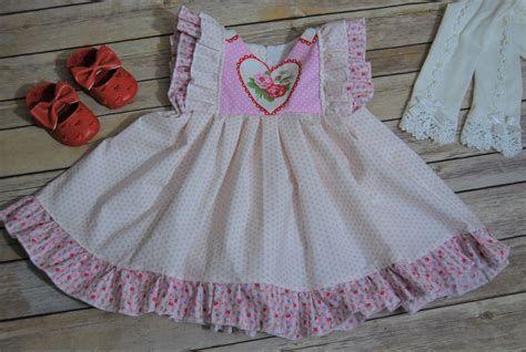 Stylish Girls Valentines Day Dress Ideas 36
