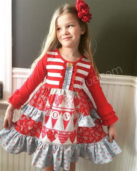 Stylish Girls Valentines Day Dress Ideas 42