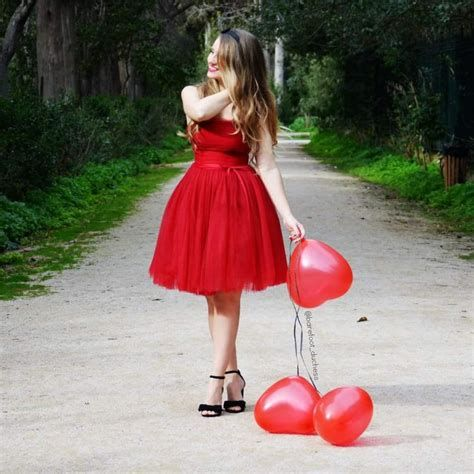 Stylish Valentines Day Outfits Ideas For Women 08