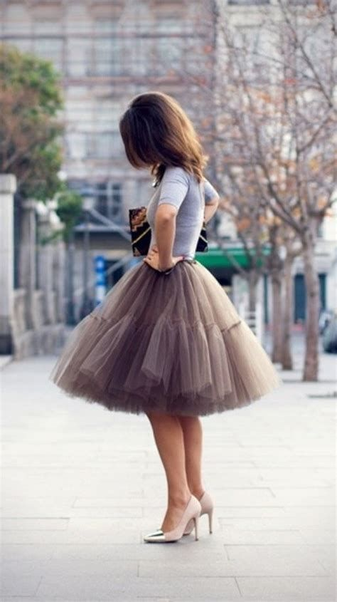 Stylish Valentines Day Outfits Ideas For Women 10