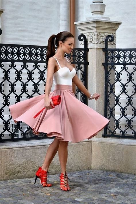 Stylish Valentines Day Outfits Ideas For Women 13