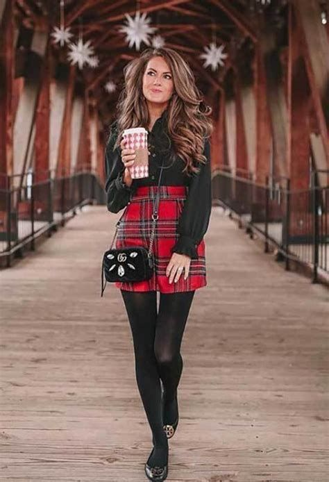 Stylish Valentines Day Outfits Ideas For Women 17