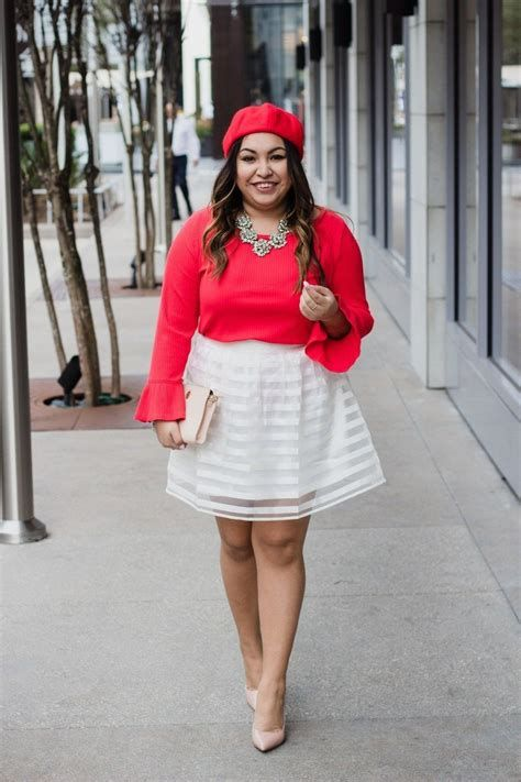 Stylish Valentines Day Outfits Ideas For Women 35