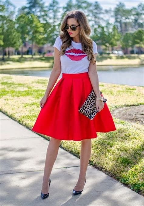 Stylish Valentines Day Outfits Ideas For Women 42