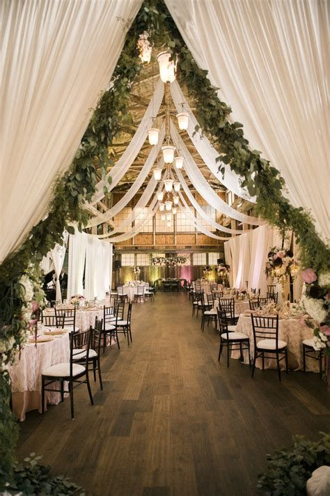 Totally Comfy Country Wedding Decoration Ideas Diy 02