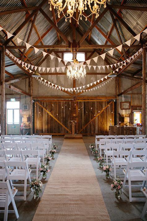 Totally Comfy Country Wedding Decoration Ideas Diy 25