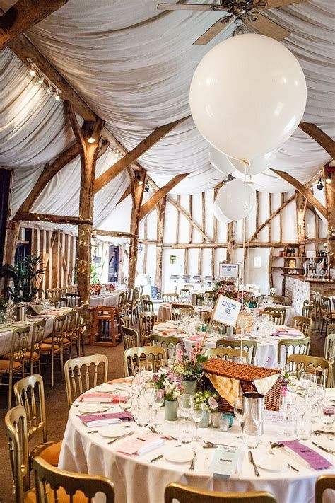 Totally Comfy Country Wedding Decoration Ideas Diy 28