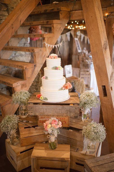 Totally Comfy Country Wedding Decoration Ideas Diy 39