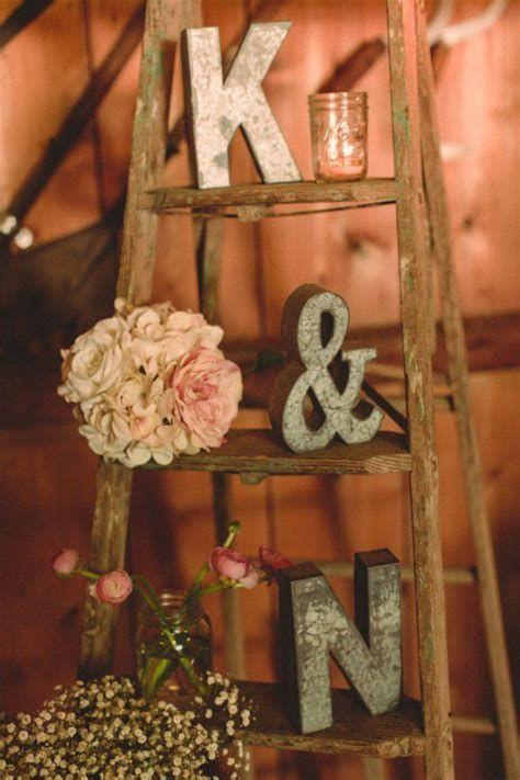 Totally Comfy Country Wedding Decoration Ideas Diy 42