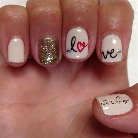 Totally Comfy Valentines Nail Designs Short Nails 05