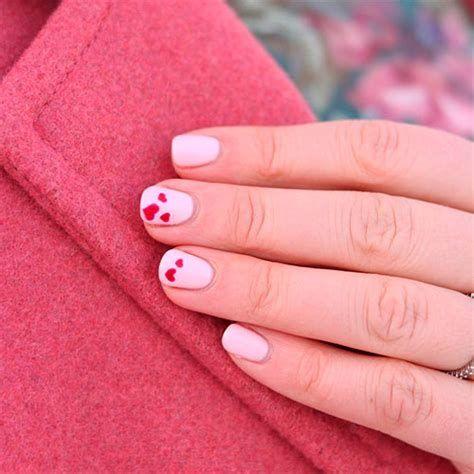 Totally Comfy Valentines Nail Designs Short Nails 06