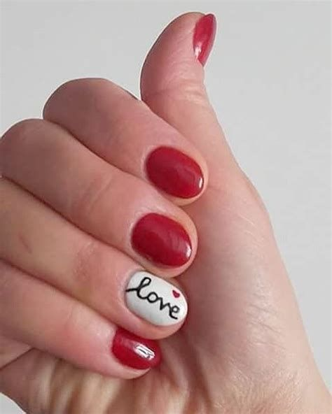 Totally Comfy Valentines Nail Designs Short Nails 39