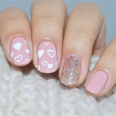 Totally Comfy Valentines Nail Designs Short Nails 45