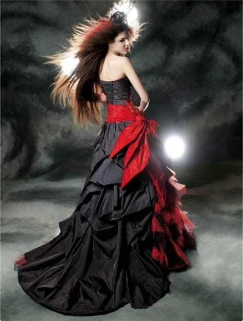 Totally Cute Red And Black Dress 01