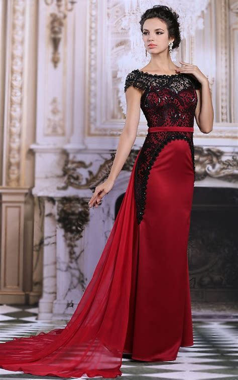 Totally Cute Red And Black Dress 25