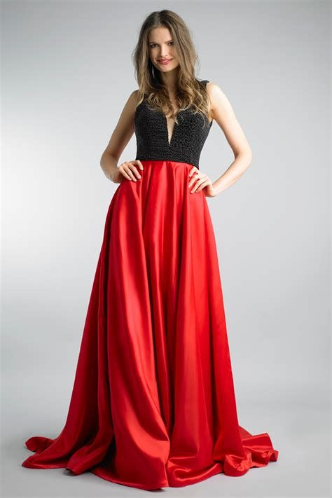 Totally Cute Red And Black Dress 30