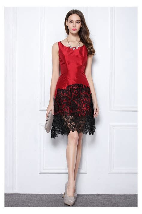 Totally Cute Red And Black Dress 32