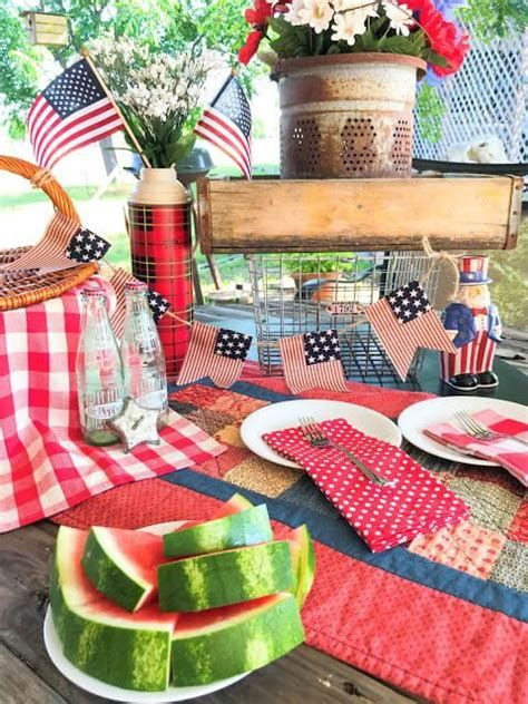 Totally Cute Rustic 4th Of July Decorations 15