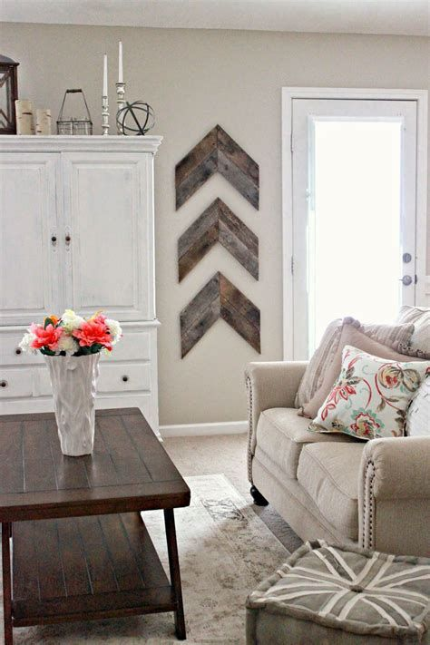 Totally Inspiring Simple Wall Decoration Ideas 45