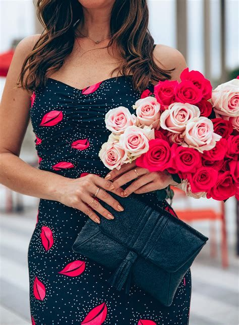Trending Outfits For Valentines Day 27