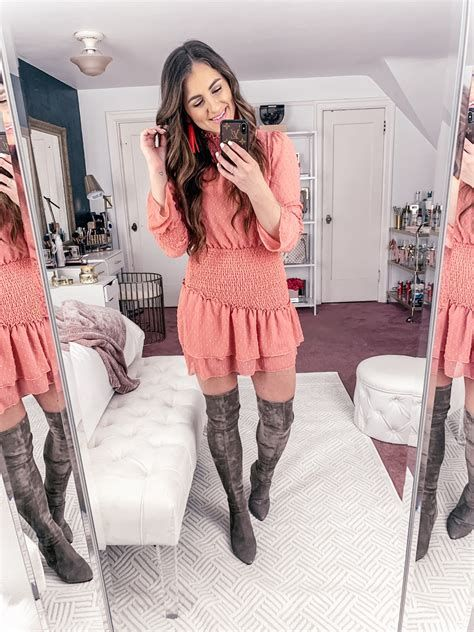 Trending Outfits For Valentines Day 35