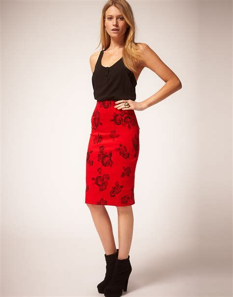 Trending Outfits For Valentines Day 40