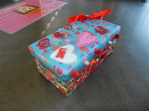 Trending Shoe Box Decoration For Valentines Day 16